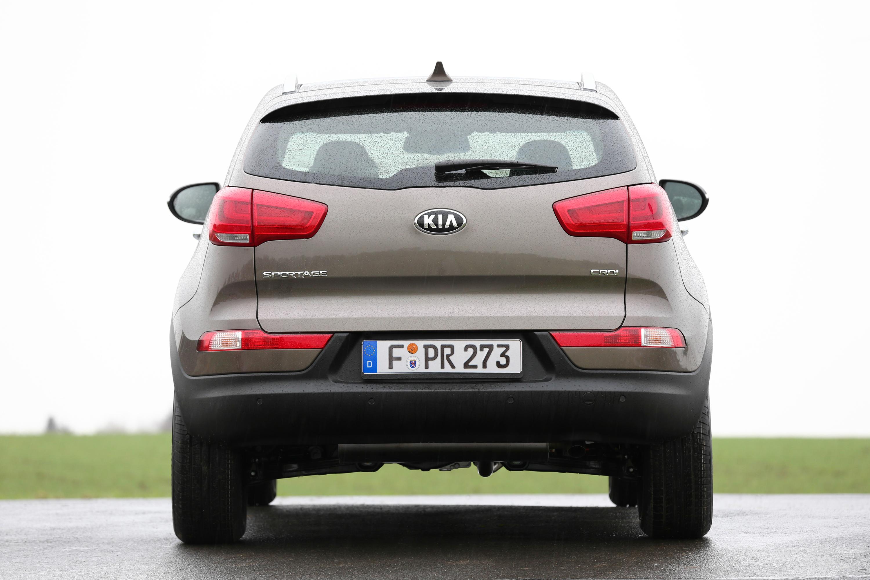 kia reviews review suv front car platinum sportage quarter