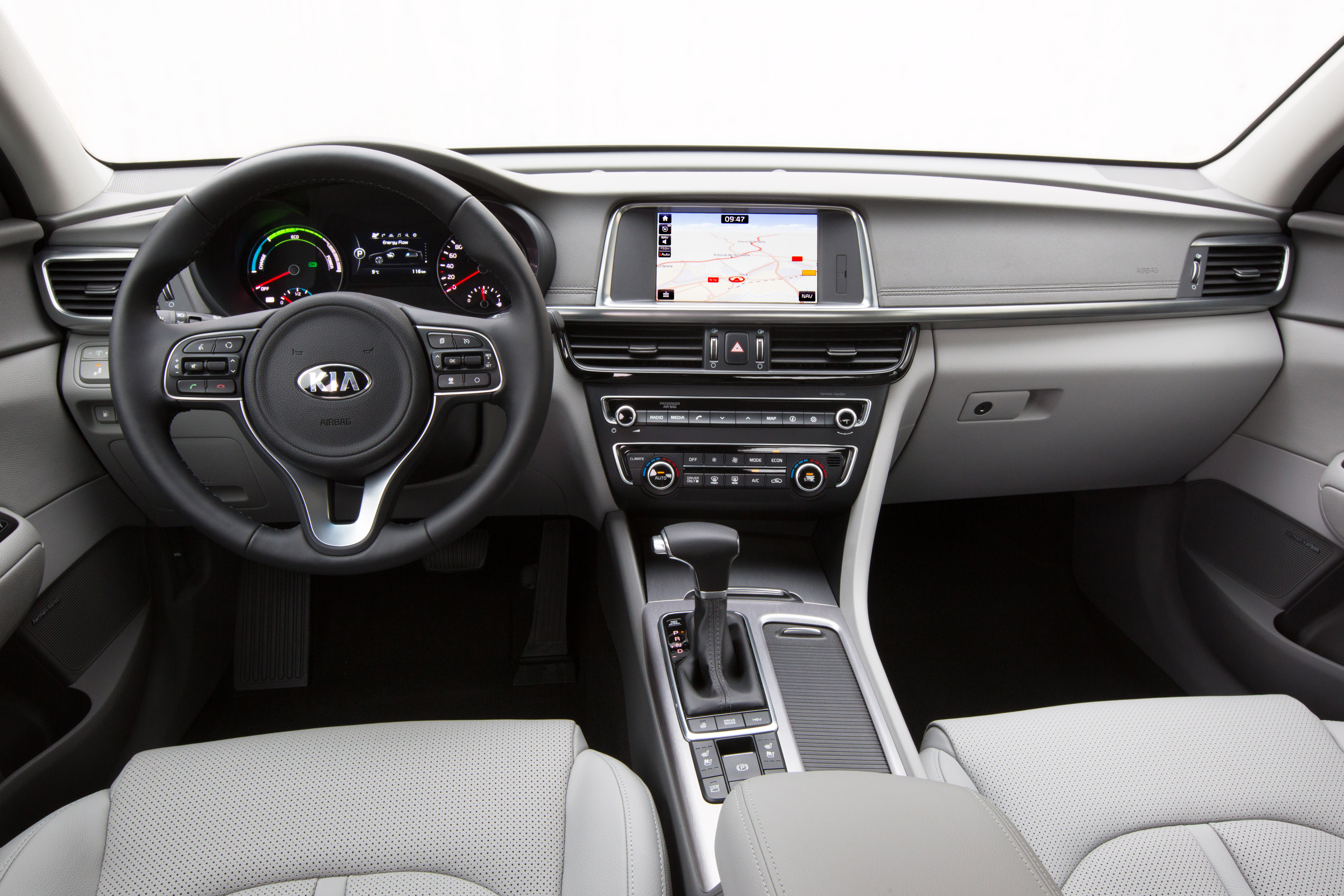 Kia Optima Plug In Hybrid Interior 01 Jpg To Cart