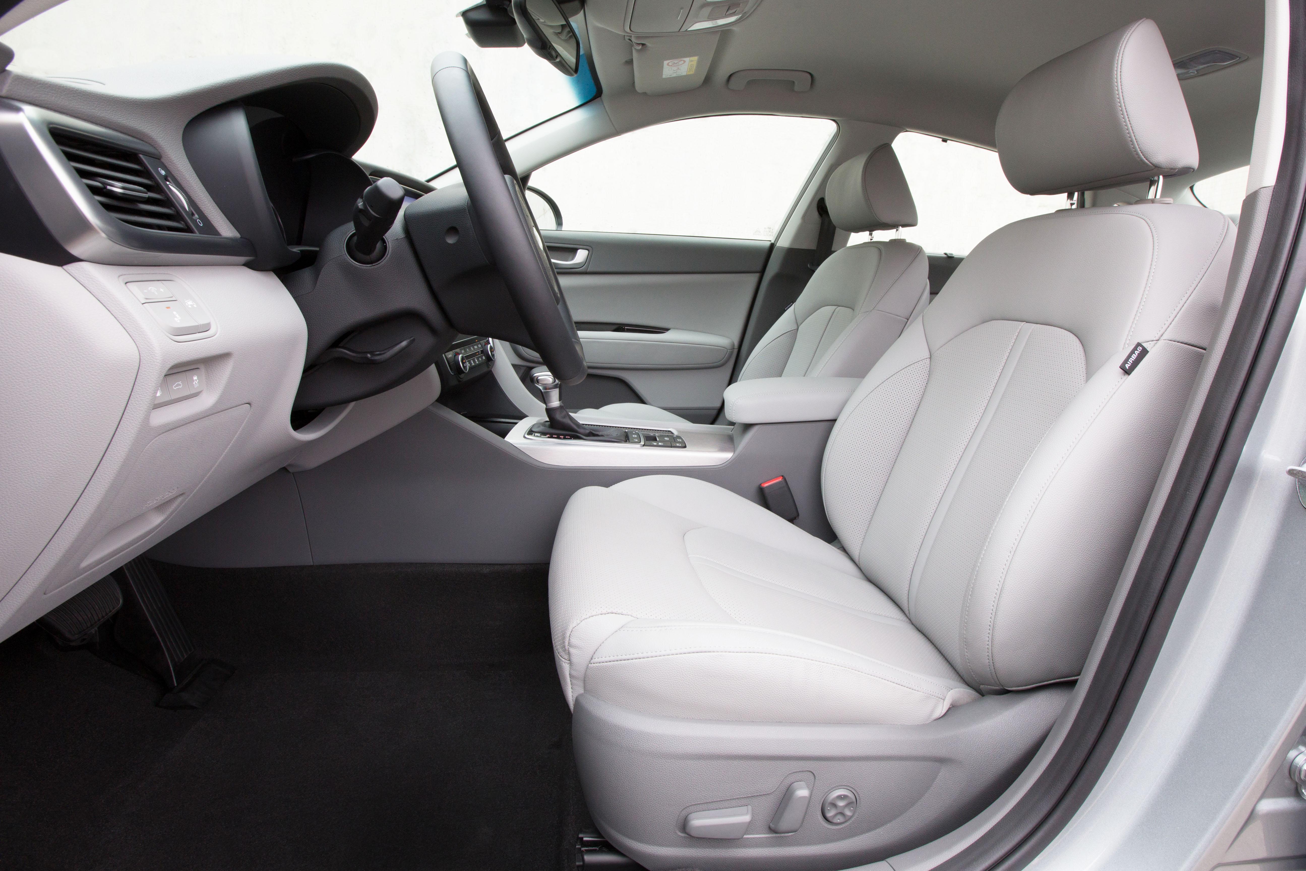 Kia Optima Plug In Hybrid Interior 03 Jpg